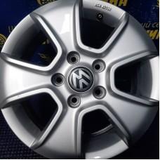 Volkswagen OEM 2H0071496 6,5x16 5x120 ET62 DIA65,1 (silver) Б/У