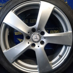 Mercedes OEM A2124011302 8,5x18 5x112 ET48 DIA66,6 (silver) Б/У