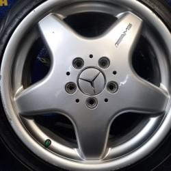 Mercedes OEM A1684012902 7x17 5x112 ET57 DIA66,6 (silver) Б/У